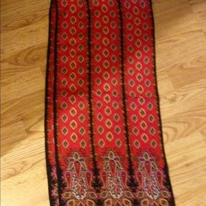 Vintage Albert Nipon silk scarf black red
